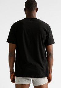 Schiesser - AMARICAN 2 PACK - Camiseta de pijama - black - 2