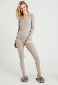 Schiesser - PERSONAL FIT LEGGINGS - Pyjamasbukse - braun - 1