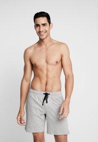 Schiesser - SLEEPWEAR TROUSERS SHORTS  - Pantalón de pijama - mottled grey - 1