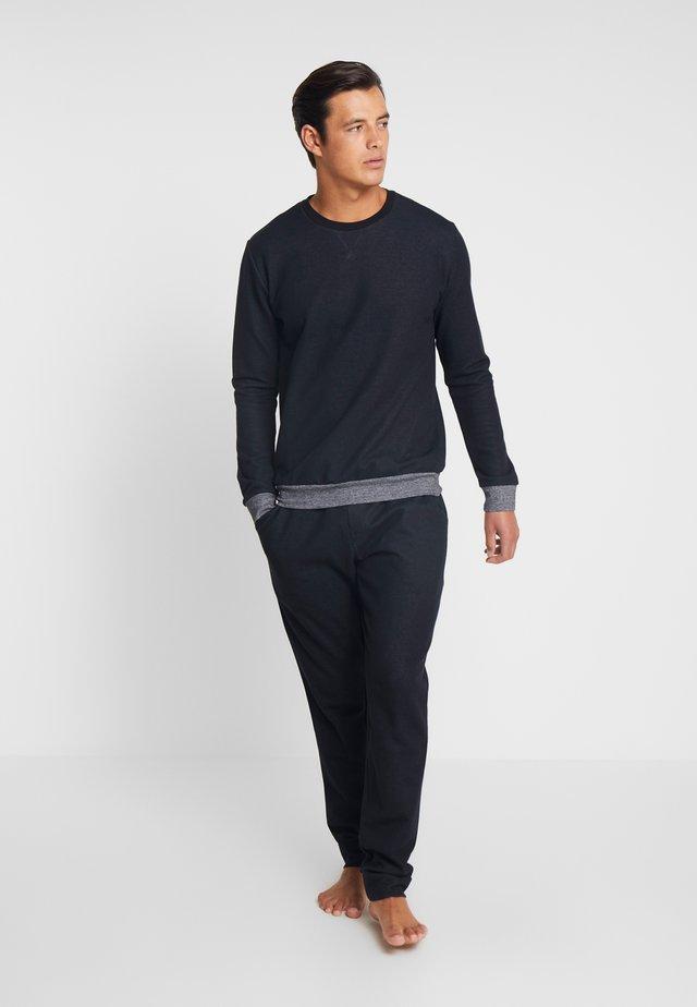 LOUNGEWEAR SET GIFTBOX - Pyjamaser - schwarz