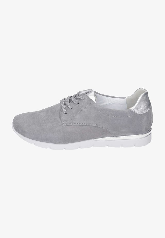 Lace-ups - perle-silber
