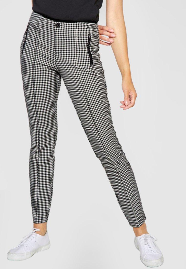 Street One - MIT ZIPPER YORK - Trousers - black