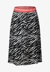 Street One - ZEBRA - A-Linien-Rock - black