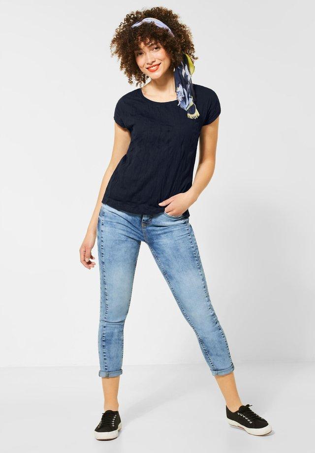 CRASH-EFFEKT - T-Shirt basic - blau
