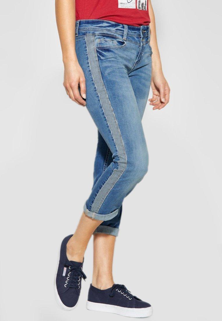 Street One - MIT GALONSTREIFEN JANE - Jeans Slim Fit - light-blue
