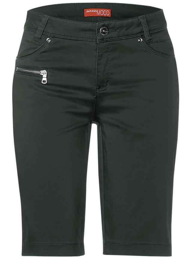 Shorts - grün