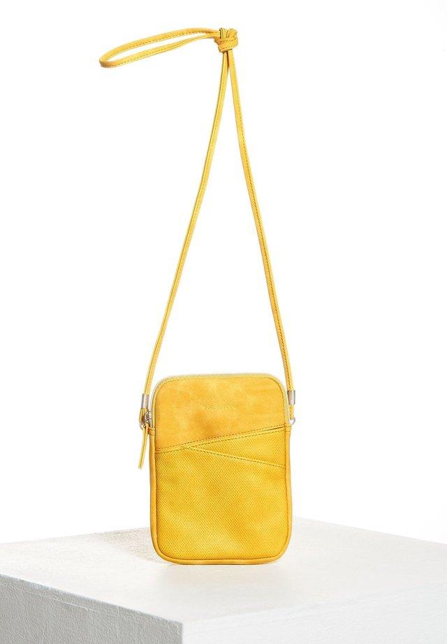 Across body bag - gelb