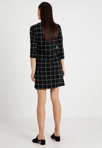 Supermom - DRESS 3/4 EASY  - Jerseykjole - black - 2