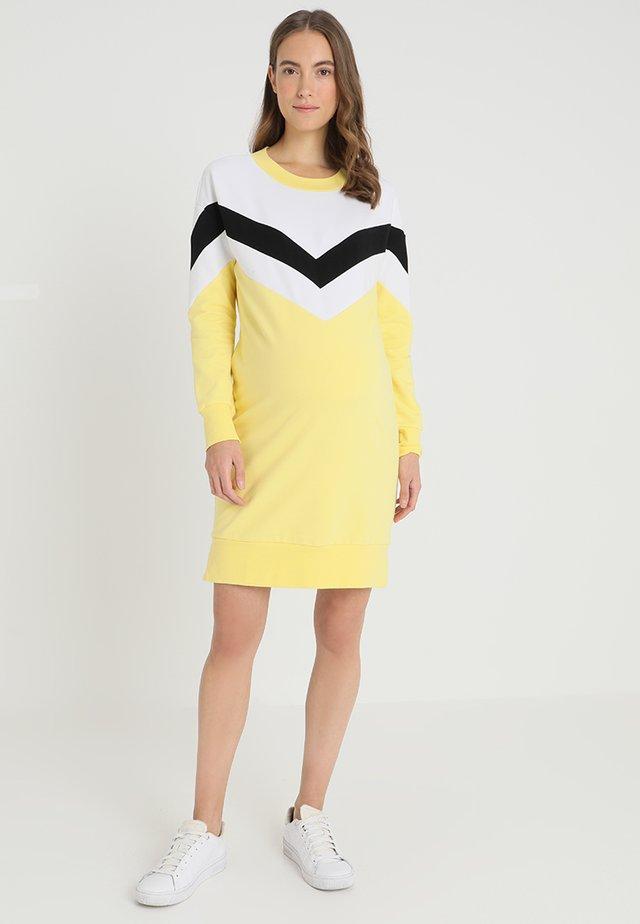 DRESS COLOURBLOCK - Jerseykleid - yellow/cream