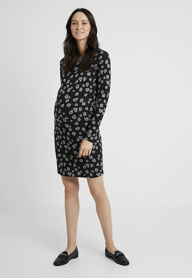 DRESS POPPY - Strikkjoler - black
