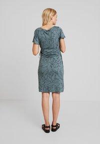 Supermom - DRESS LINES - Žerzejové šaty - balsam green - 3