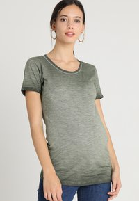 Supermom - TEE WASHED - T-shirt print - army - 0