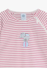 Sanetta - OVERALL LONG STRIPE BABY - Pyžamo - raspberry rose - 3