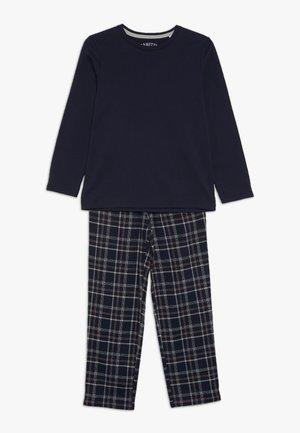 Pijama - total eclipse