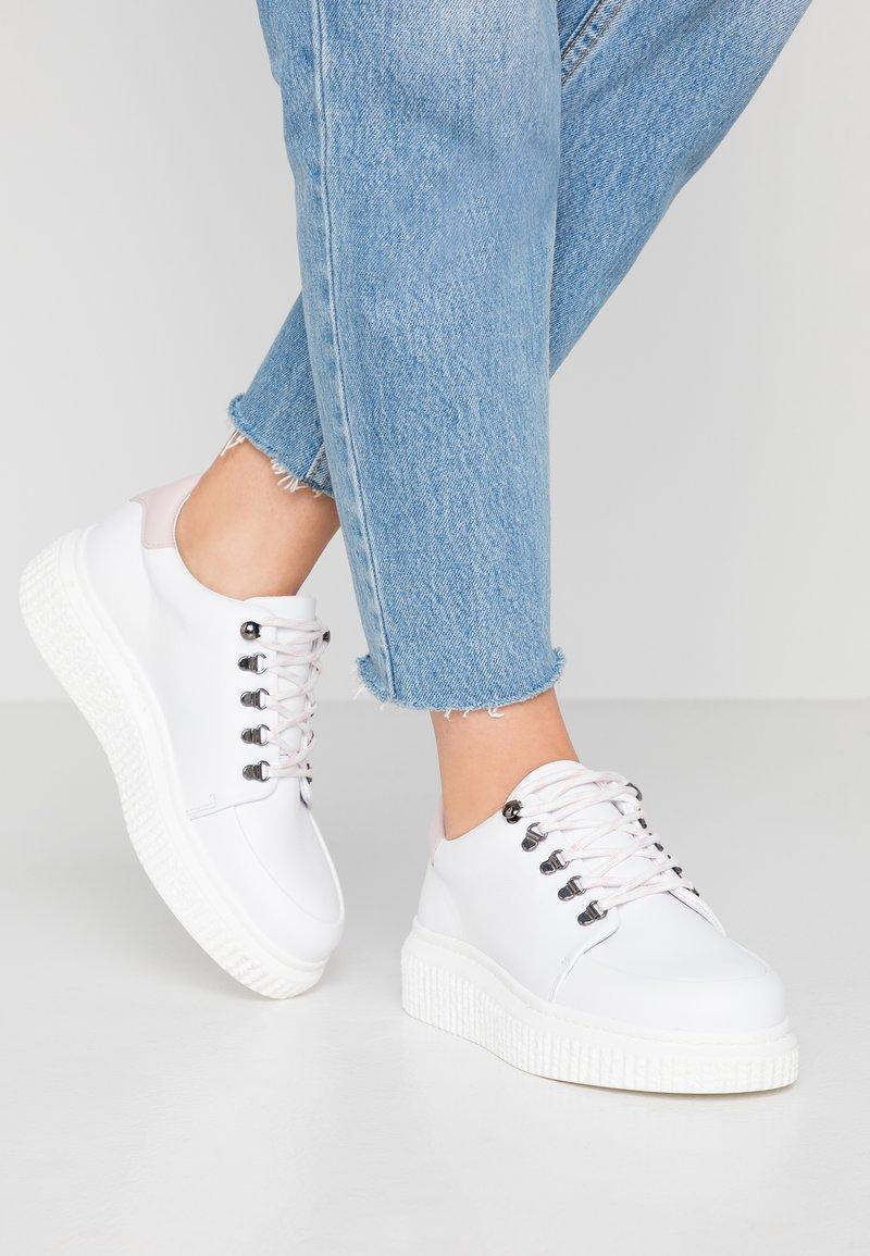 Samsøe Samsøe - VALA - Sneakers laag - white/pale mauve