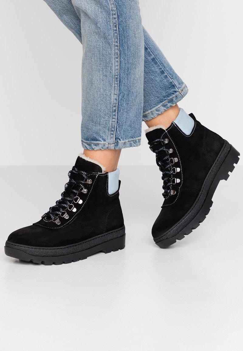 Samsøe Samsøe - HIKER BOOT  - Lace-up ankle boots - black/zen blue