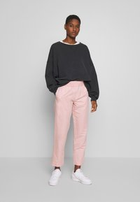 Samsøe Samsøe - SMILLA TROUSERS - Bukse - misty rose - 1