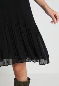 Samsøe Samsøe - MALIE DRESS - Denní šaty - black - 7