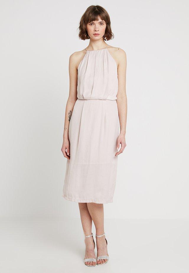 WILLOW DRESS - Koktejlové šaty/ šaty na párty - hushed violet