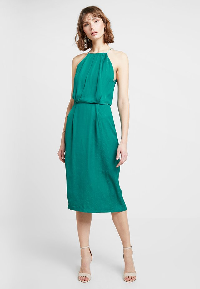 WILLOW DRESS - Koktejlové šaty/ šaty na párty - quetzal green