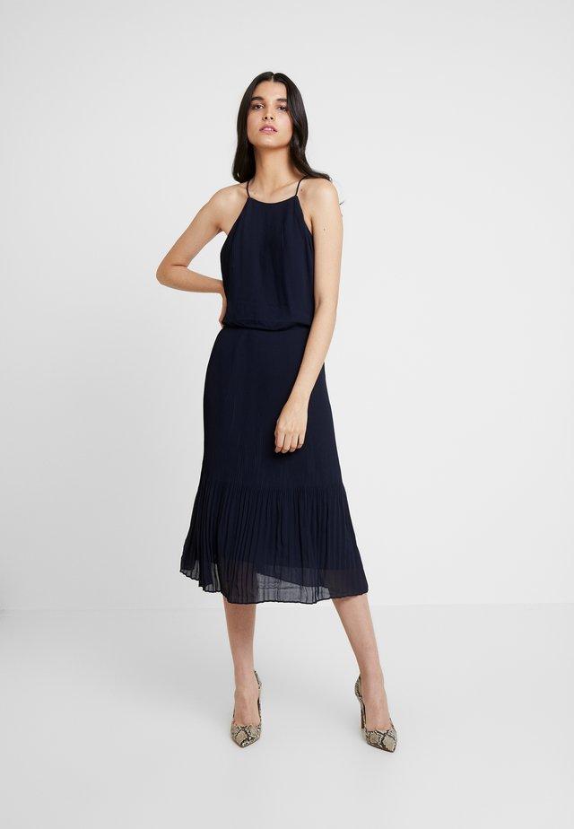 MILLOW DRESS - Koktejlové šaty/ šaty na párty - night sky