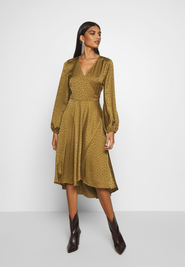 VENETA DRESS - Korte jurk - khaki