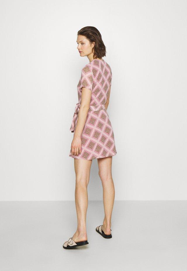 KLEA SHORT DRESS - Sukienka letnia - pink