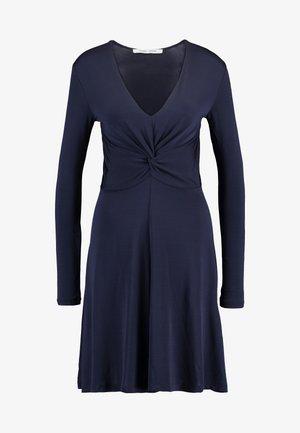 ELSI SHORT DRESS - Sukienka z dżerseju - night sky