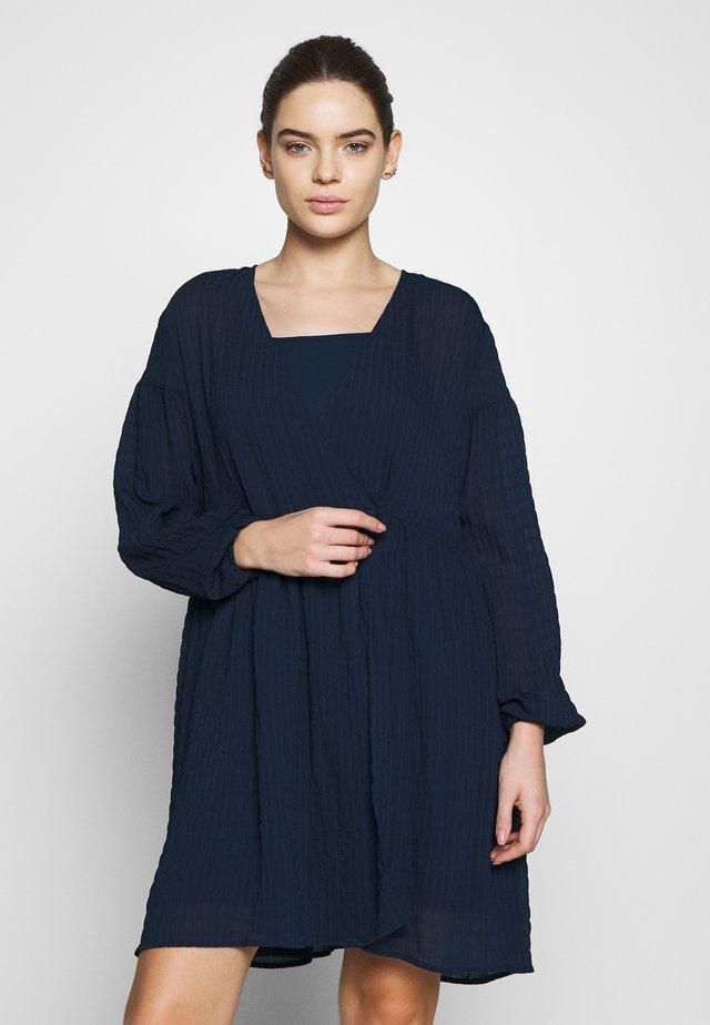 JOLIE DRESS - Denní šaty - night sky