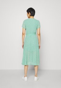Samsøe Samsøe - KLEA LONG DRESS  - Day dress - feuilles menthe - 2