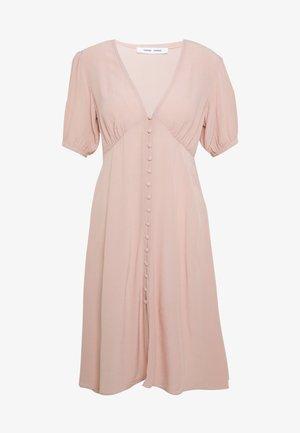 PETUNIA SHORT DRESS - Denní šaty - misty rose
