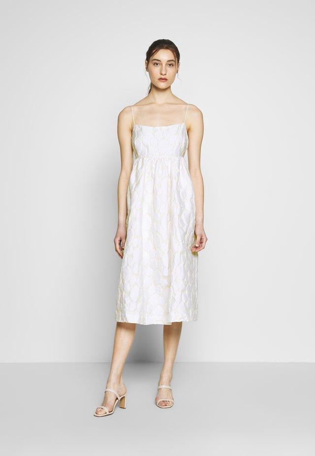 GRANT DRESS - Sukienka koktajlowa - warm white