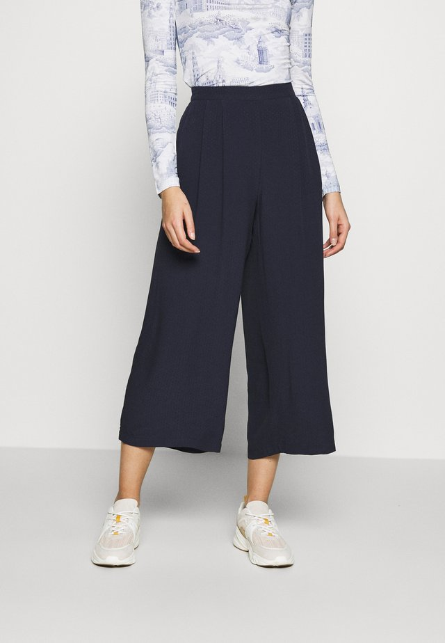 GANDA TROUSERS  - Kangashousut - night sky
