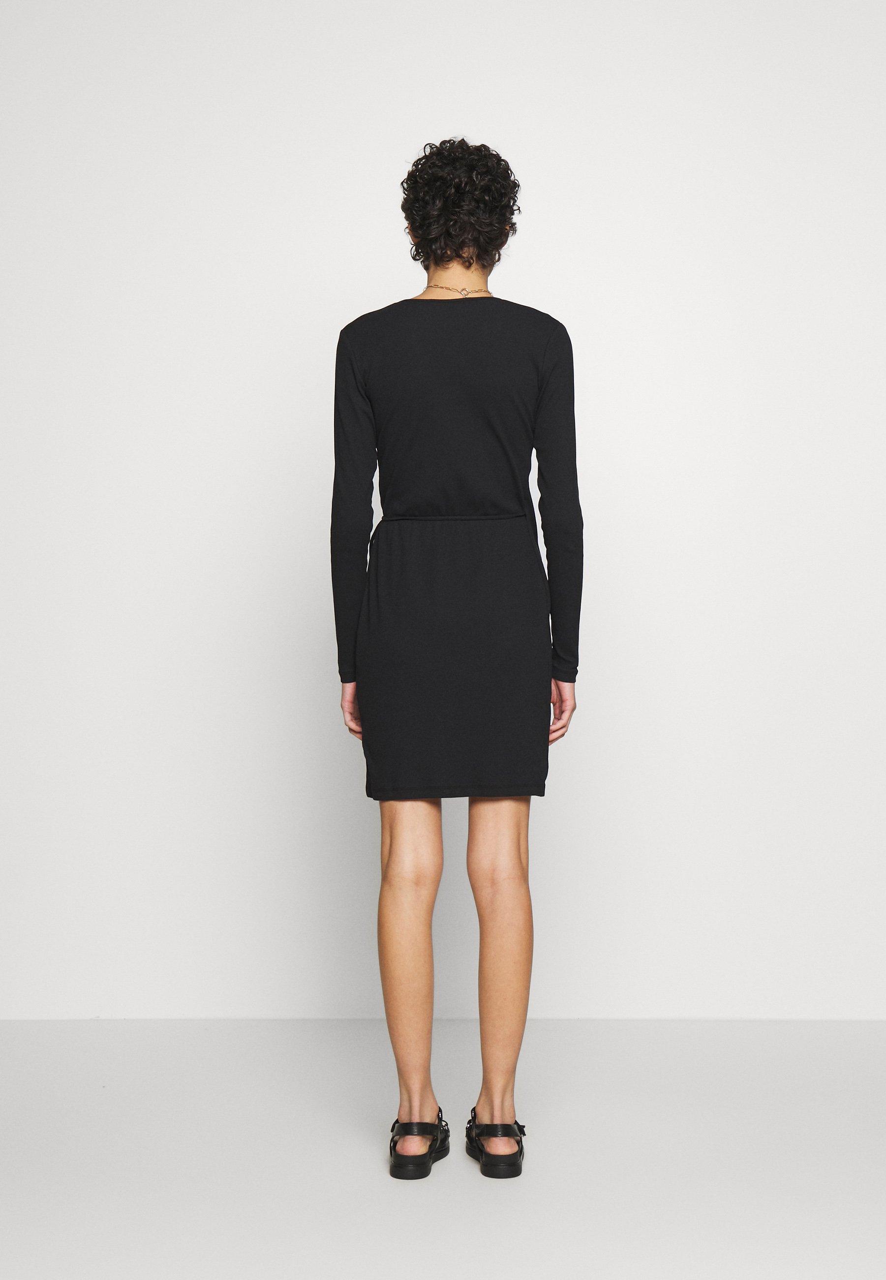 Black CAMI DRESS  Gestuz  Hverdagskjoler