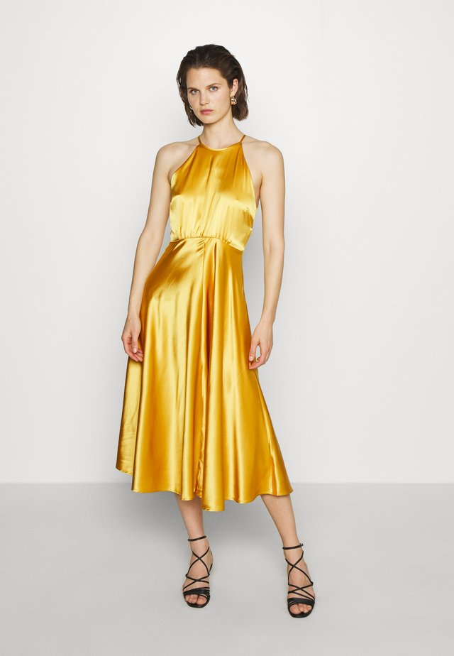 RHEA DRESS - Juhlamekko - mineral yellow