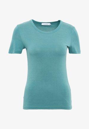 LILA - T-shirt - bas - mallard green