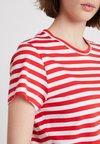 Samsøe & Samsøe - SOLLY TEE - Print T-shirt - red
