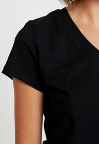 Samsøe Samsøe - SOLLY - T-shirt basique - black - 4