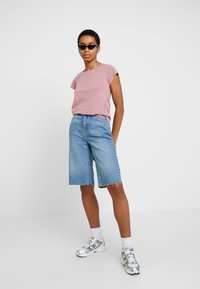 Samsøe Samsøe - LISS - T-shirt basic - dusty rose - 1