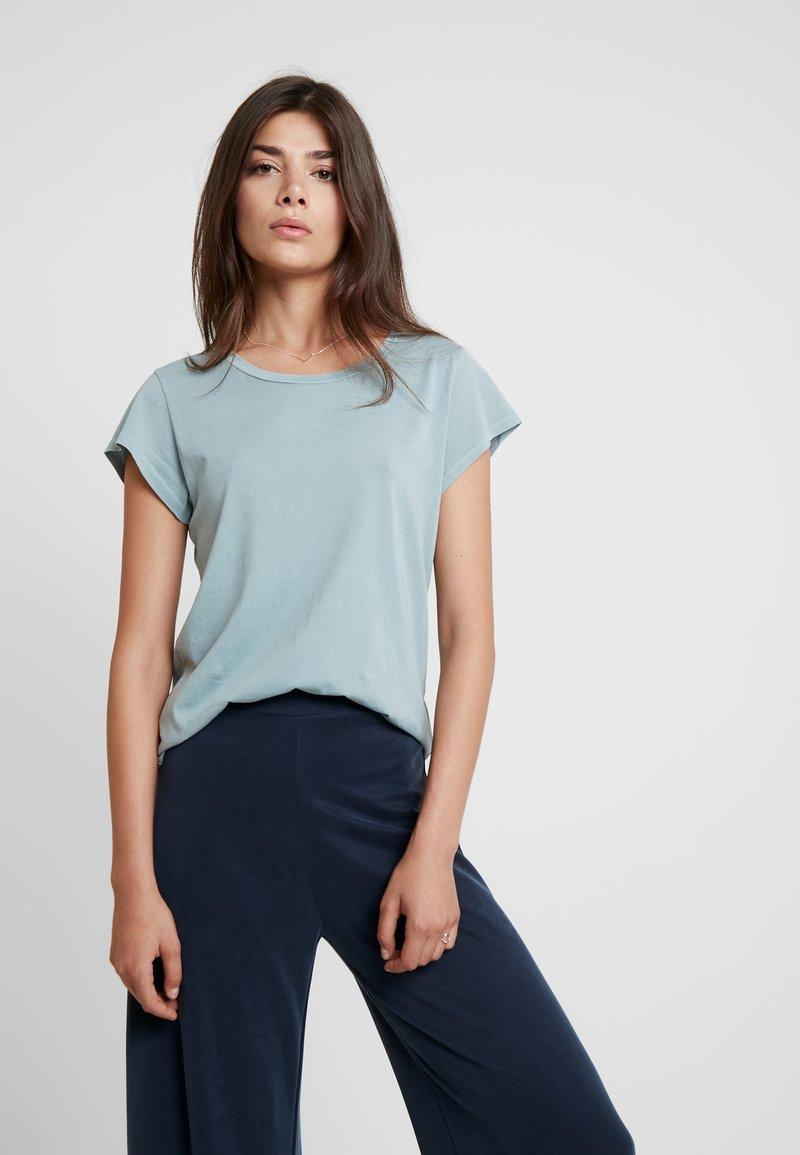 Samsøe & Samsøe - LISS - T-Shirt basic - chiniois green