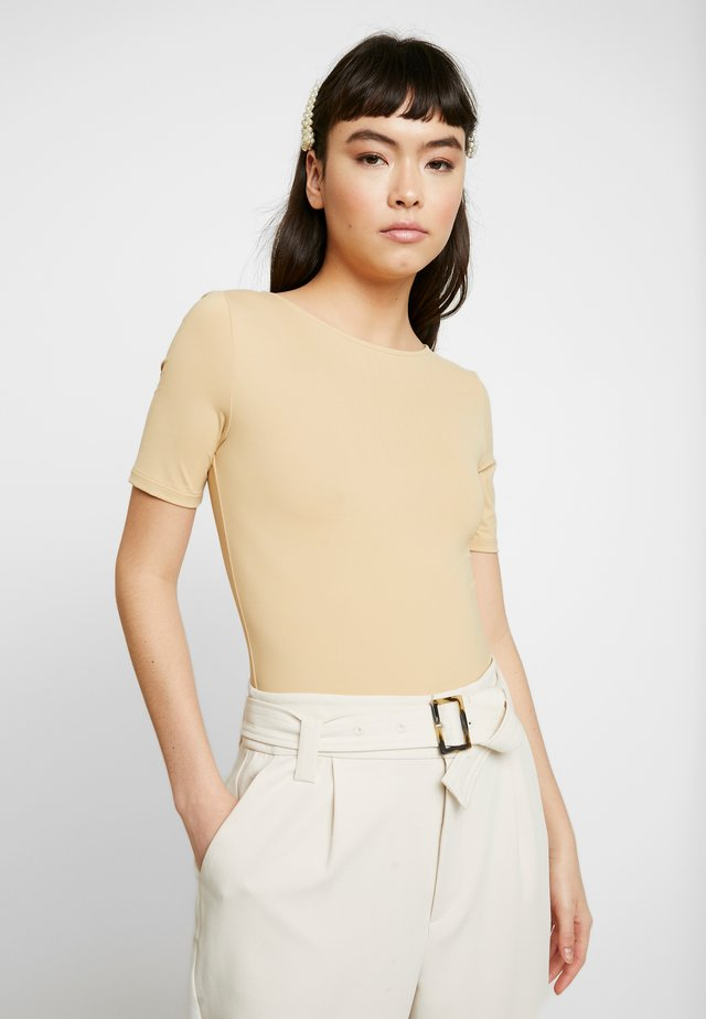 GABY BODY - Basic T-shirt - croissant