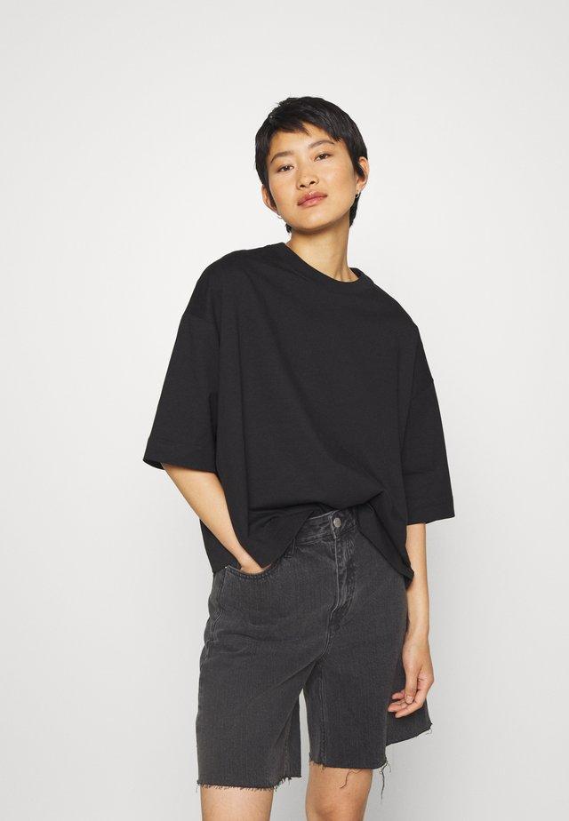 ELOISE - T-shirt basic - black