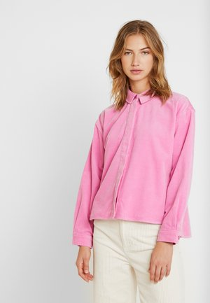 KELLY OVERSHIRT - Skjorte - bubble gum pink