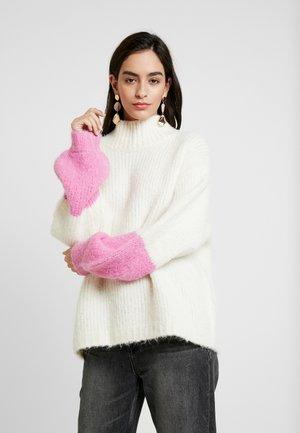 TESSA CREW NECK - Pullover - clear cream