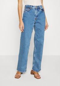 Samsøe Samsøe - RILEY - Jeans Straight Leg - light ozone marble - 0