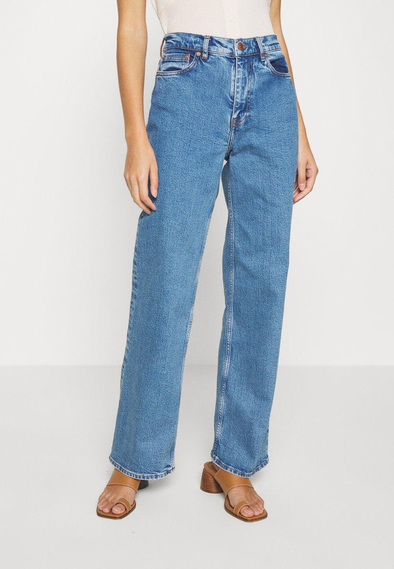 Samsøe Samsøe - RILEY - Jeans Straight Leg - light ozone marble