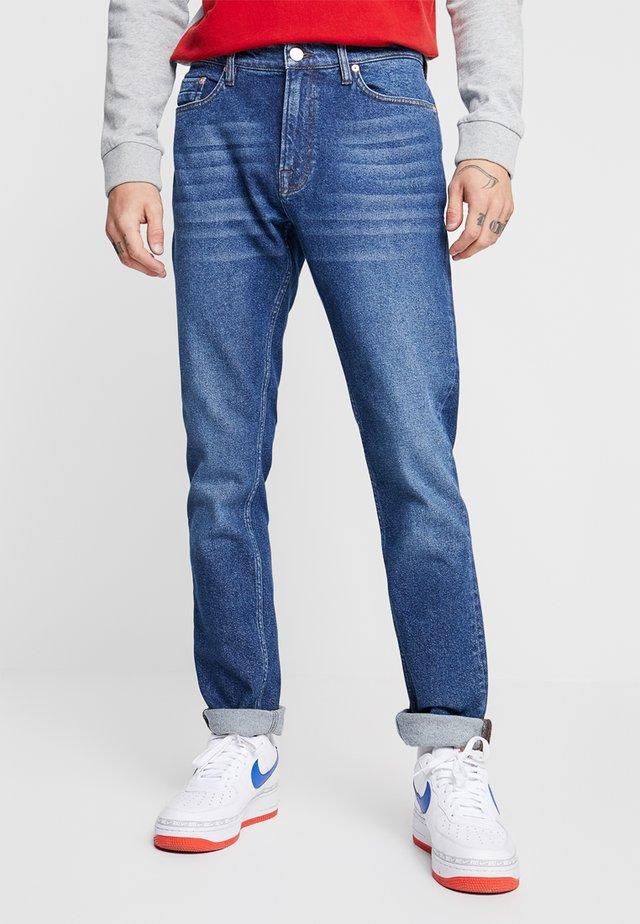STEFAN - Slim fit jeans - mid blue