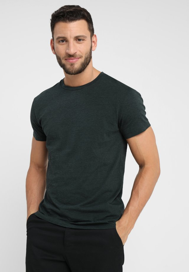 KRONOS STRIPE - Print T-shirt - spruce black