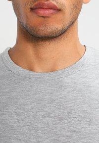 Samsøe Samsøe - LASSEN  - T-shirt basique - grey melange - 3