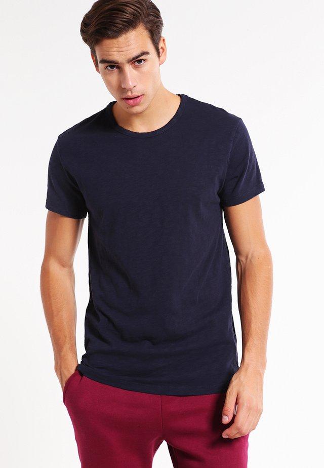 LASSEN  - T-shirts basic - total eclipse